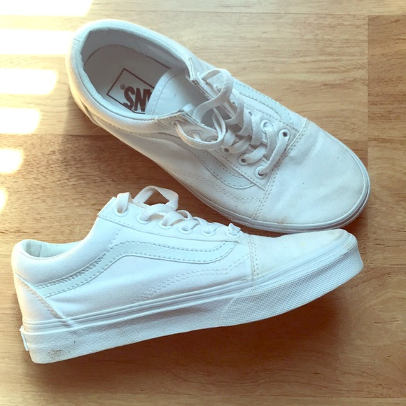 277b611f5eacd5 Vans Shoes | Size 65 White | Poshmark